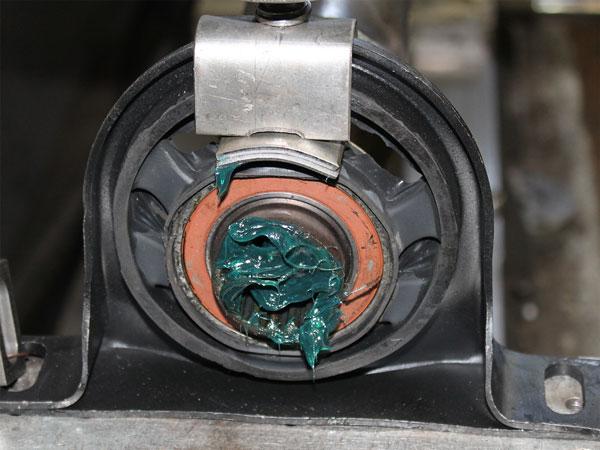 Смазка карданного вала Mercedes Sprinter